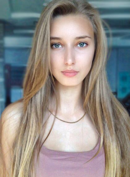ElinaZ_GorgeousGroup4