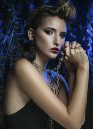 Isabella_GorgeousGroup7