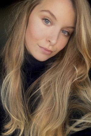 Josephine_GorgeousGroup10
