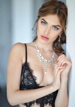 Ksenia_GorgeousGroup7.jpg
