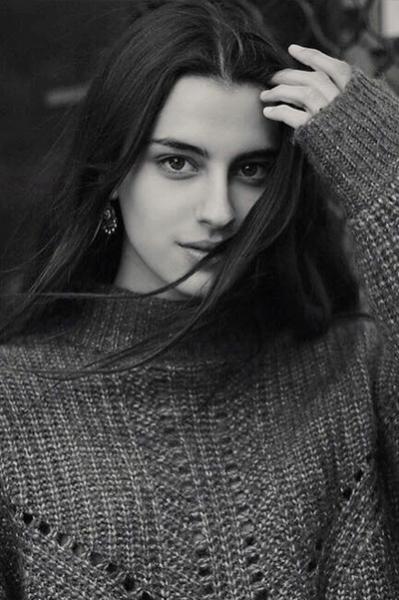 Lucia_GorgeousGroup1