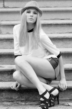 Noelia_GorgeousGroup10.jpg