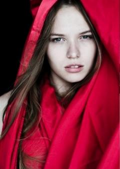 Olga_GorgeousGroup_3--.jpg