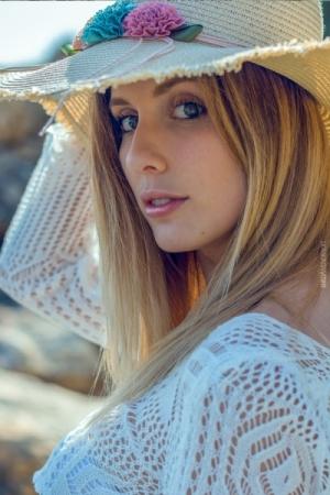 VeronicaR_GorgeousGroup15_